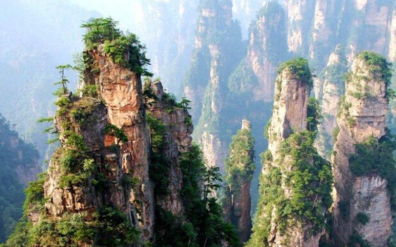 Chiny i Wulingyuan.